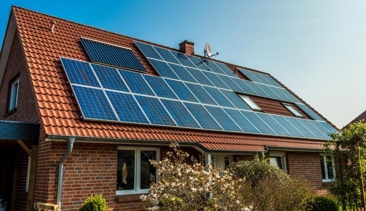 Vsetko o zatepleni Prispevok na obnovitelne zdroje energie Dotacie na solarne panely